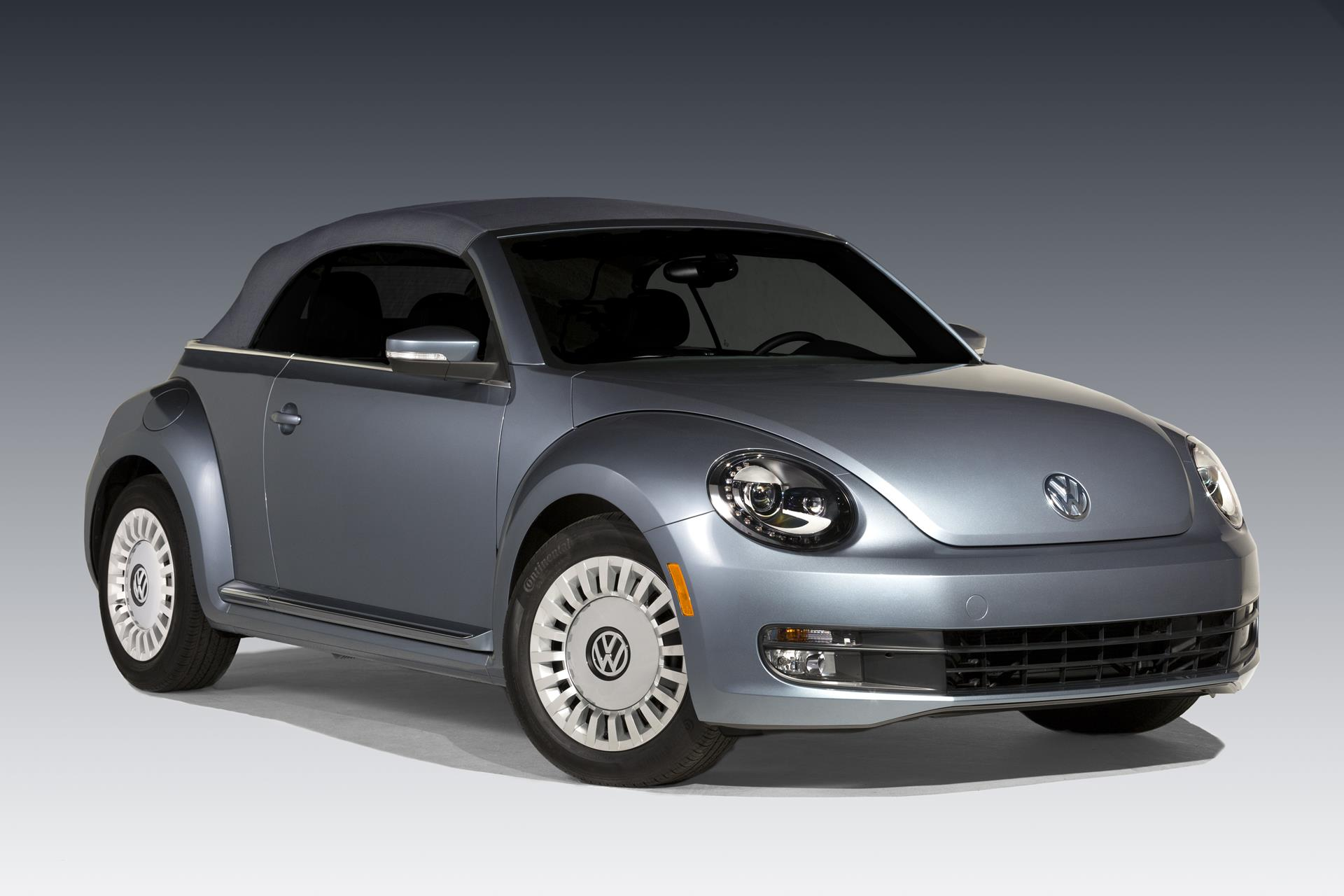 2016 volkswagen beetle denim news and information. Black Bedroom Furniture Sets. Home Design Ideas