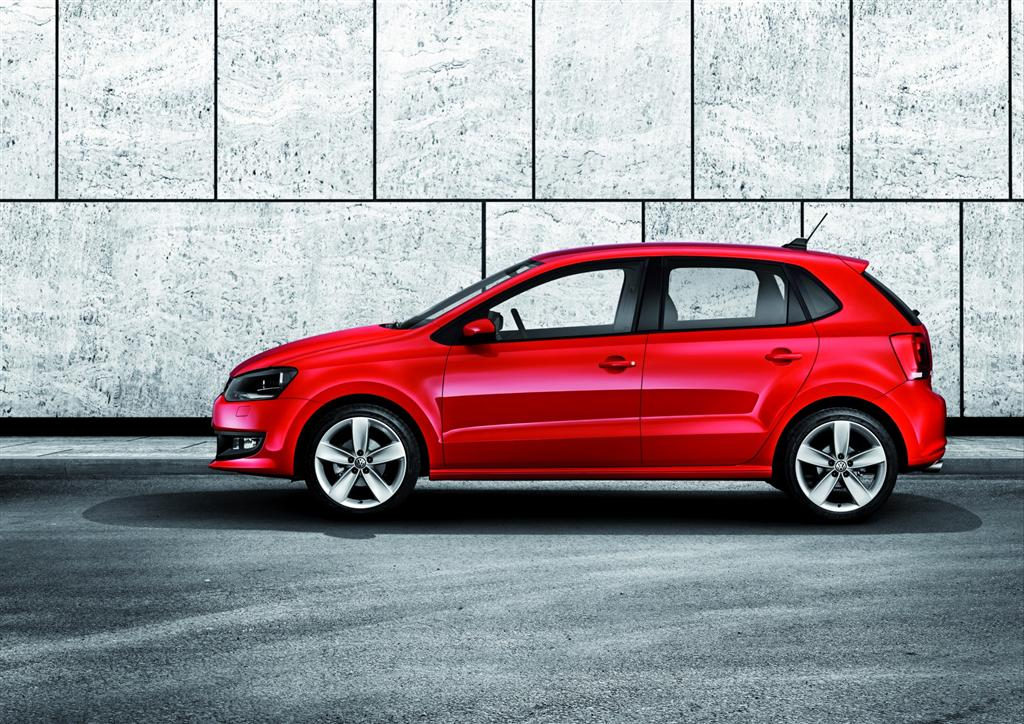 2009 volkswagen new polo news and information. Black Bedroom Furniture Sets. Home Design Ideas