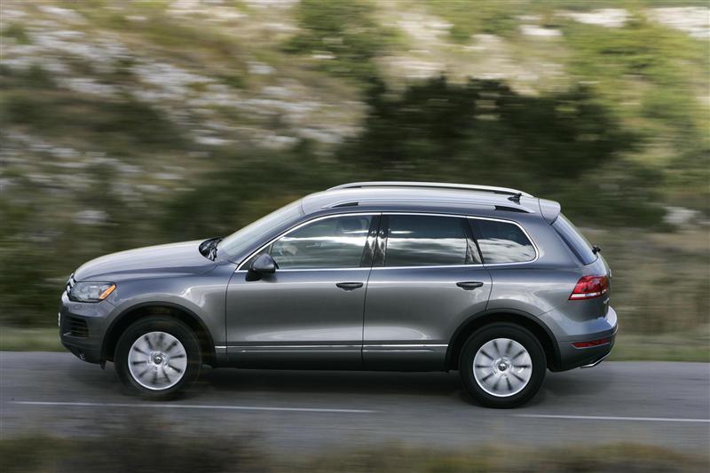 2019 VW Touareg: Larger, Lighter, Smarter, Agiler >> 2012 Volkswagen Touareg News And Information