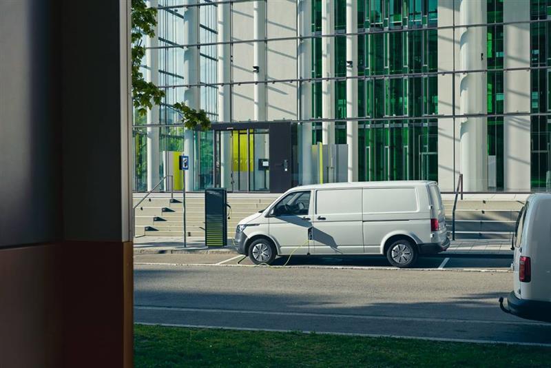 2020 Volkswagen ABT eTransporter 6.1