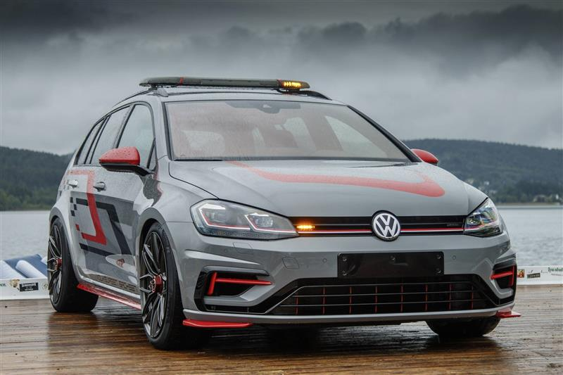 2019 Volkswagen Golf Estate R 4MOTION FighteR