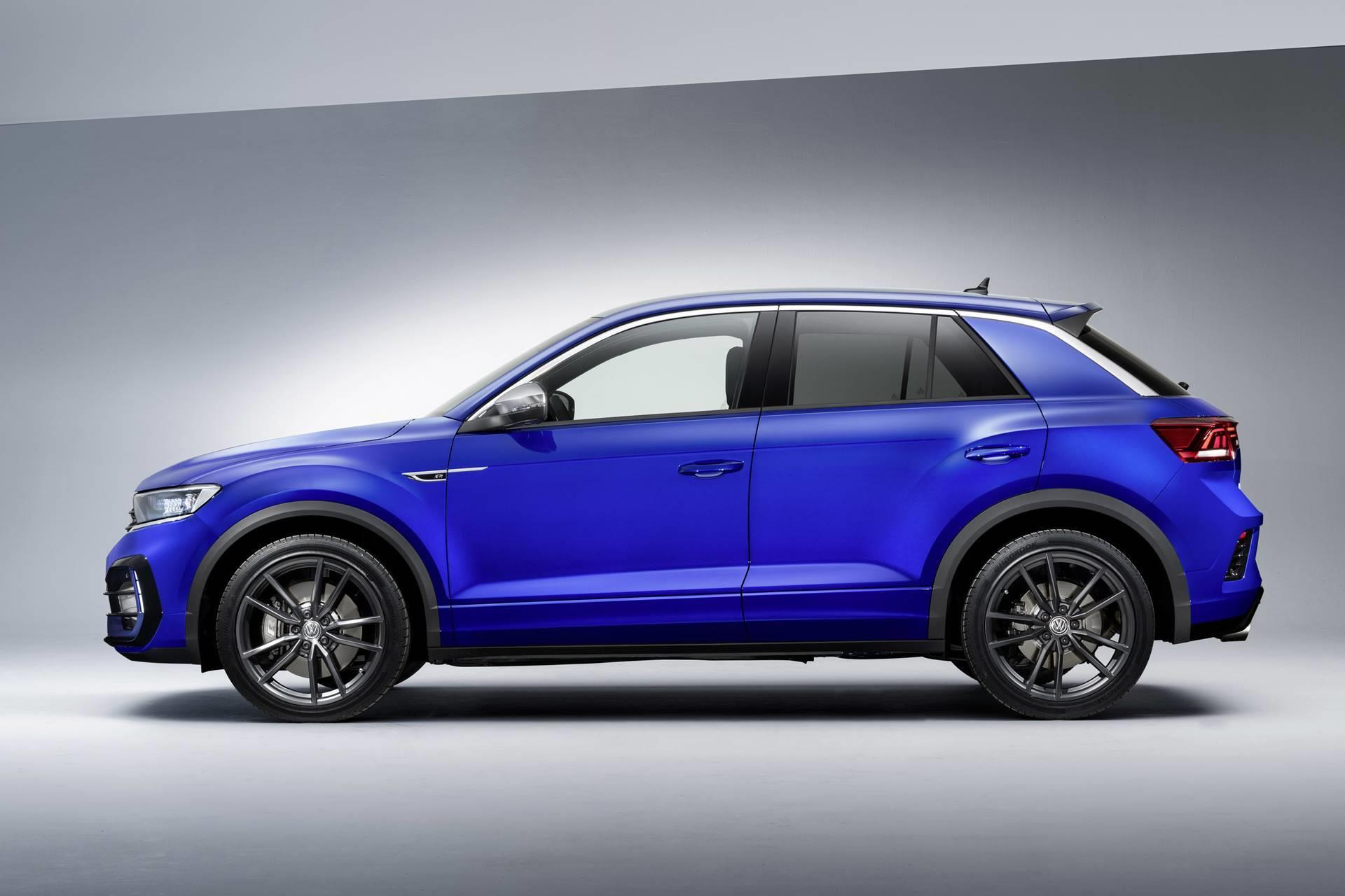Volkswagen T-Roc R-Line photo