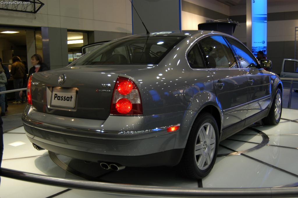 2003 Volkswagen Passat Image. https://www.conceptcarz.com/images/Volkswagen/vw_passat_baltimore ...