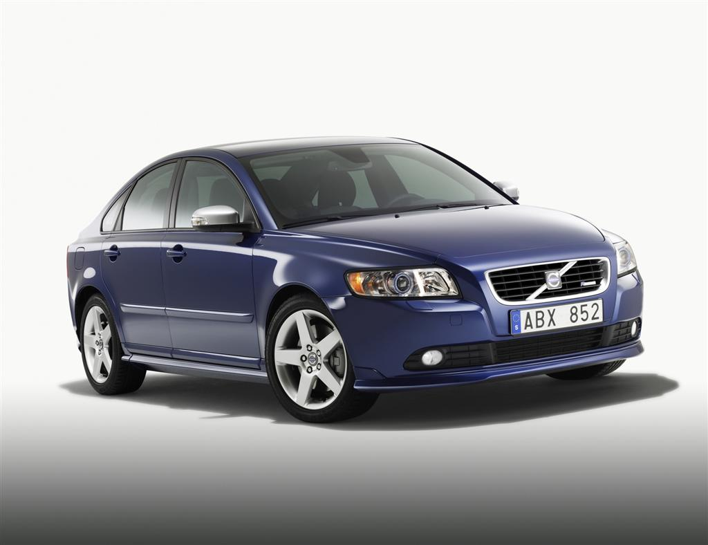 2010 volvo s40 news and information. Black Bedroom Furniture Sets. Home Design Ideas