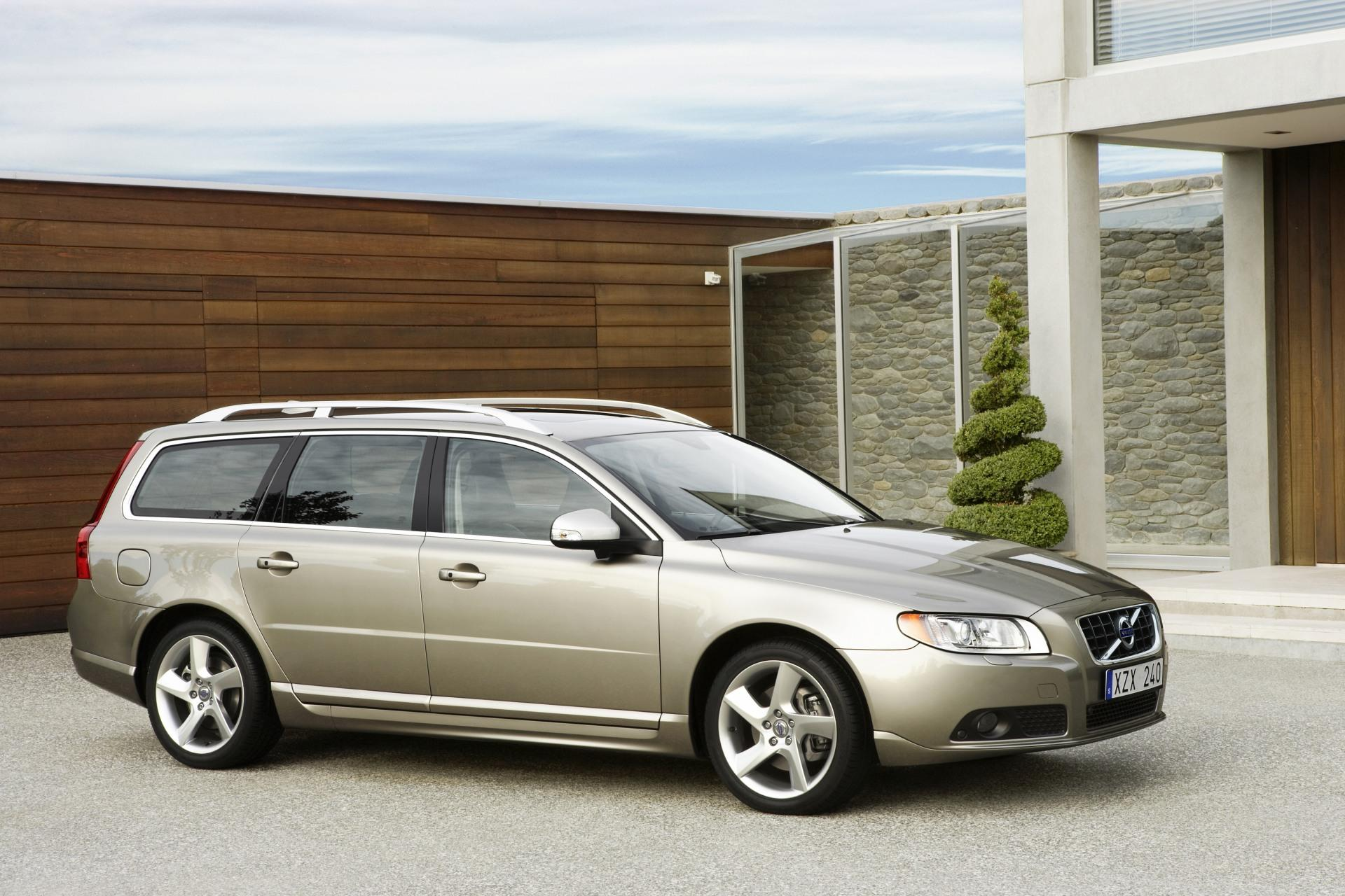 2010 Volvo V70 News And Information Conceptcarz Com