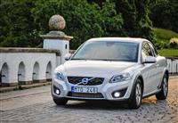 Volvo C30 Monthly Vehicle Sales