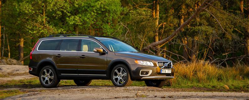 2013 Volvo Xc70 News And Information Conceptcarz Com