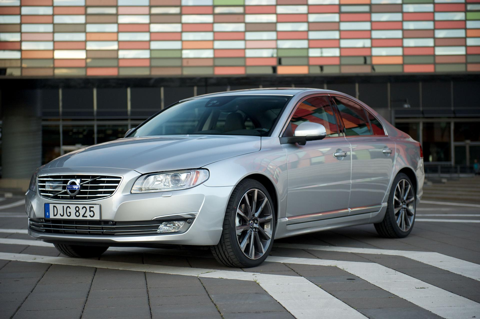 2015 Volvo S80 News and Information | conceptcarz.com