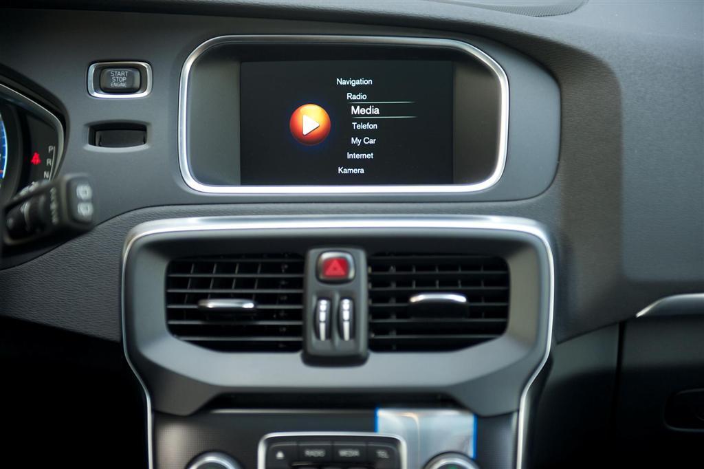 2015 Volvo V40 News And Information Conceptcarz Com