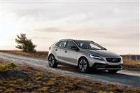 Image of the V40 Cross Country