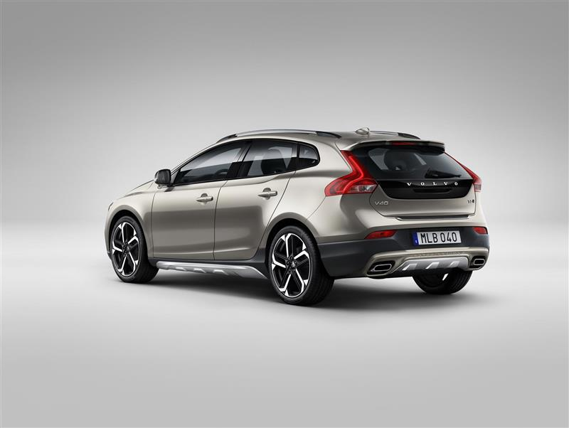 2017 Volvo V40 Cross Country Image Photo 15 Of 19
