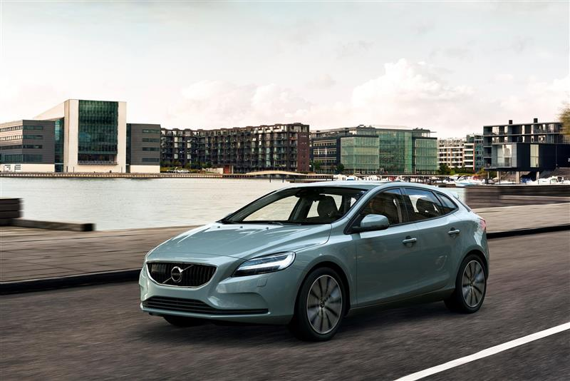 2017 Volvo V40 Image Photo 71 Of 71