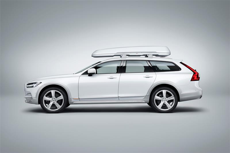 Volvo V90 Cross Country Ocean Race edition pictures and wallpaper