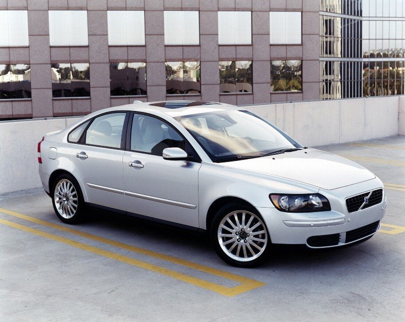 2007 volvo s40 history pictures value auction sales. Black Bedroom Furniture Sets. Home Design Ideas