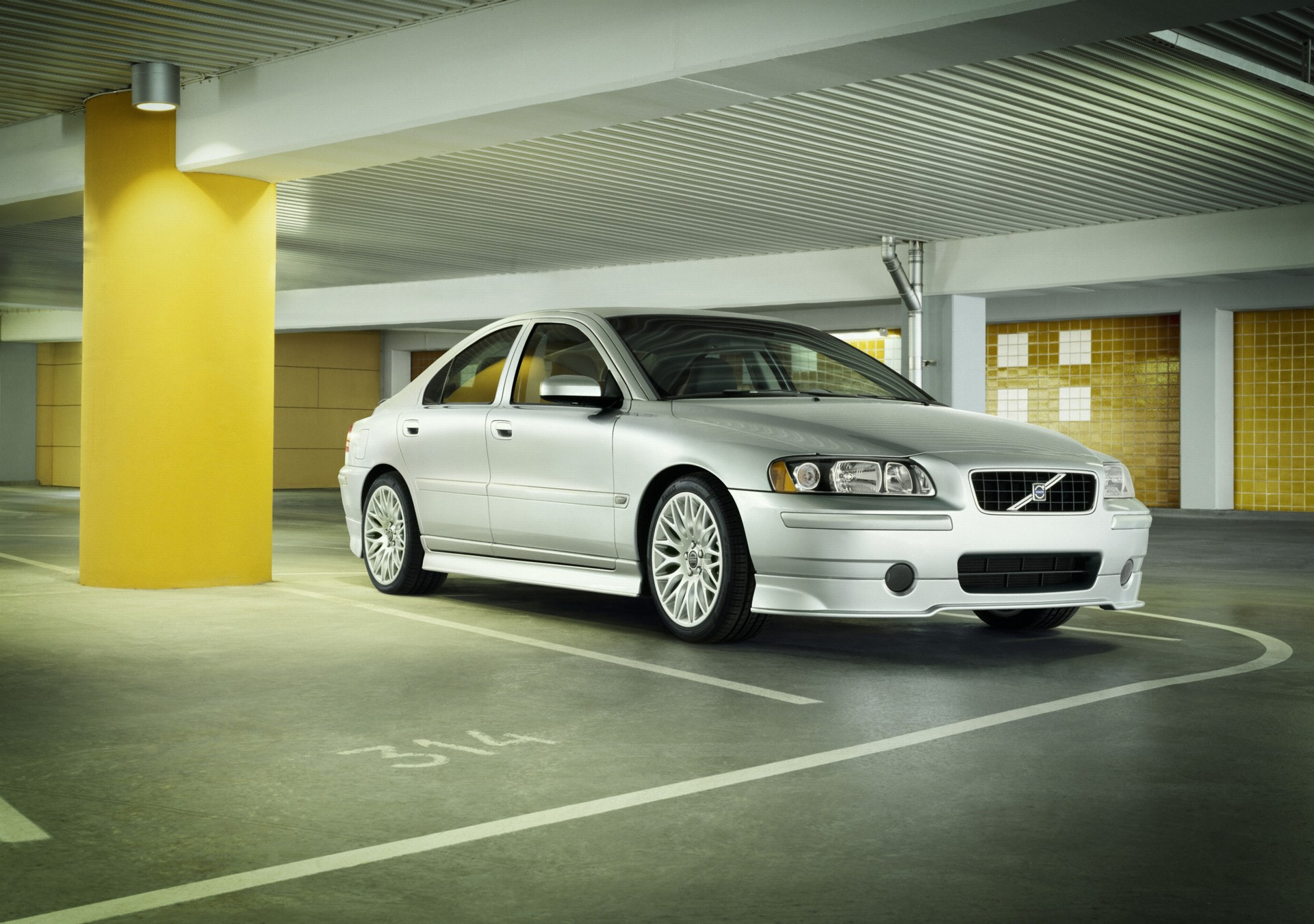 2007 Volvo S60 History, Pictures, Value, Auction Sales, Research and News