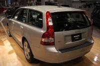 2005 Volvo V50 image.