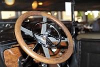 1917 Winton Model 33