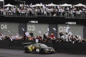 Audi R8 LMS defends title at Bathurst
