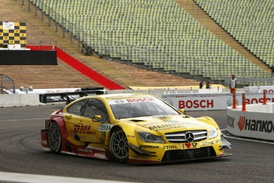 Ralf Schumacher and Jamie Green win premiere of team relay competition