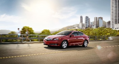 2015 ILX OFFERS TWO POWERTRAIN OPTIONS PLUS PREMIUM FEATURES ON ACURA'S GATEWAY LUXURY SPORTS SEDAN