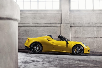 World-premiere: All-new 2015 Alfa Romeo 4C Spider Delivers Race-inspired Performance, Advanced Technologies, Seductive Italian Style, and now an Even More Exhilarating Driving Experience With Open-air Freedom