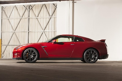 NISSAN ANNOUNCES U.S. PRICING FOR 2014 GT-R