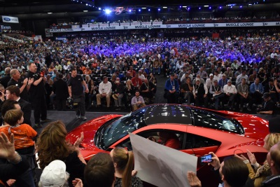 Barrett Jackson Auction 2017 >> First 2017 Acura Nsx Scores Record Auction Price Of 1 2