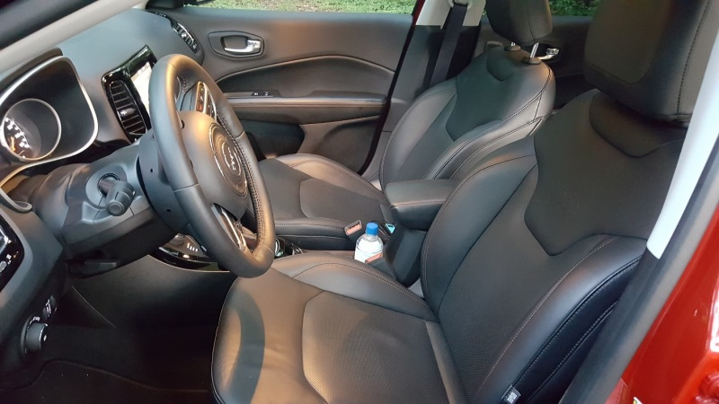 2017 Jeep Compass Limited 4x4 Interior
