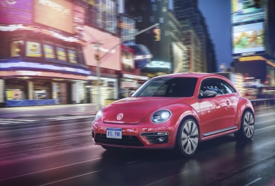 ALL-NEW GOLF ALLTRACK AND NEW BEETLE MODELS HEAD THE CHANGES
