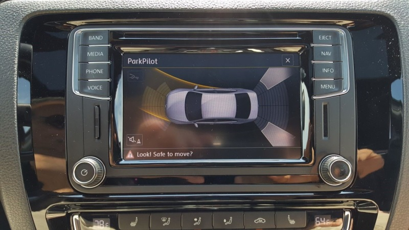 Driving Impressions: 2017 JETTA 2.0T GLI and 1.4T SE
