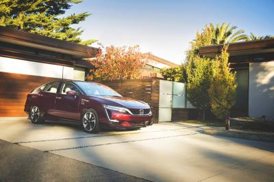 2018 Honda Clarity Fuel Cell Arrives At Select Dealerships
