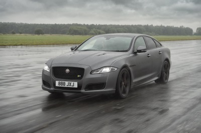Gone In 44 Seconds: New Jaguar XJR575 Hosts 186MPH Interview