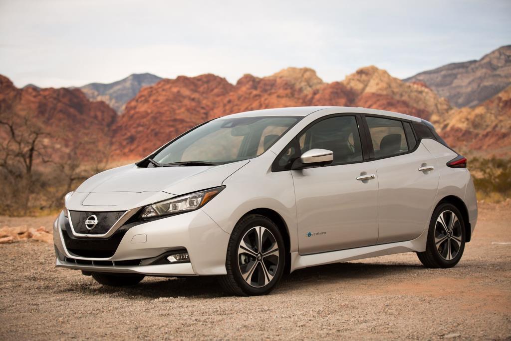 2018 Nissan Leaf Wins Autotrader \'Must Test Drive\' Award