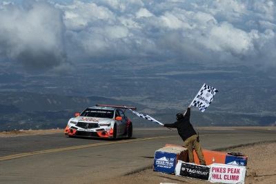 Acura Earns Two Class Victories And Sets Record At 2017 Pikes Peak International Hill Climb