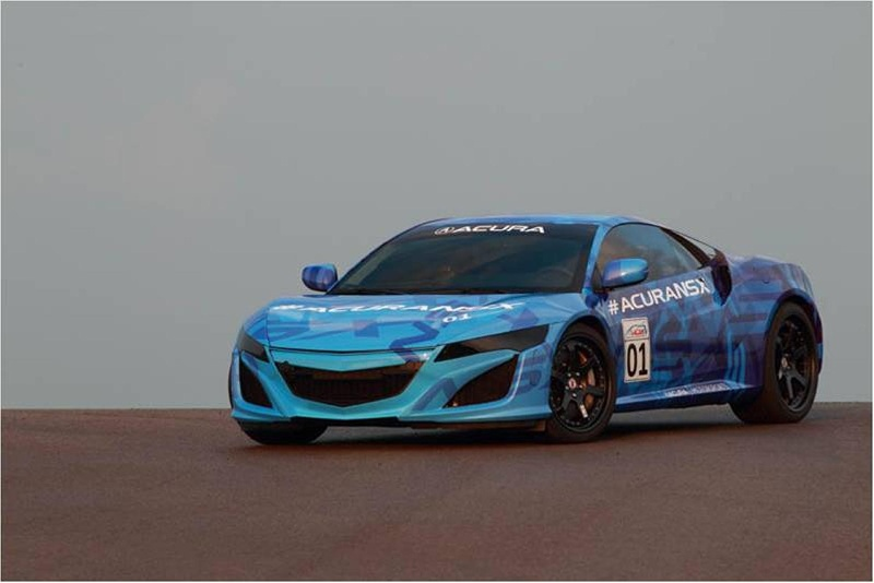 ACURA NSX PROTOTYPE EXCITES RACE FANS WITH DEMONSTRATION LAP AT HONDA INDY 200