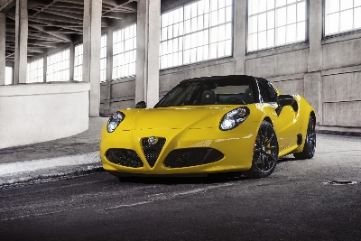 ALFA ROMEO 4C SPIDER REVEALED AT THE 2015 NORTH AMERICAN INTERNATIONAL AUTO SHOW