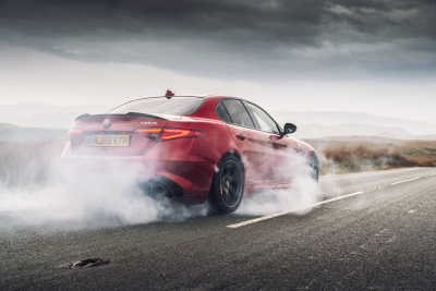 Alfa Romeo Giulia Quadrifoglio Is Crowned 'Performance Car Of The Year' In The Octane Awards 2017
