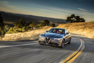 Alfa Romeo Giulia Wins 2018 Best New Luxury Compact Car Award From