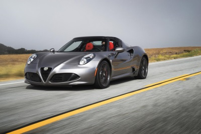 2016 ALFA ROMEO 4C WINS INAUGURAL 'BUYER'S CHOICE AWARD FOR BEST SPORTS CAR'