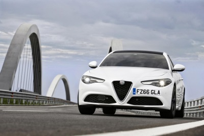 HEAD JOINS HEART AS ALFA ROMEO ANNOUNCES UK PRICING AND SPECIFICATION FOR ALL NEW GIULIA