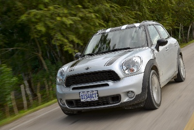 ALL4 CLIMBS THE WINNER'S PODIUM: SUCCESS FOR THE MINI COUNTRYMAN IN THE 2013 'OFF ROAD AWARD'.