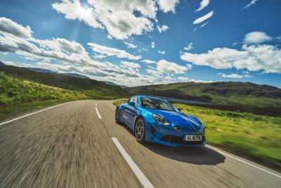 Alpine A110 Crowned Octane Performance Car Of The Year At The Historic Motoring Awards 2018