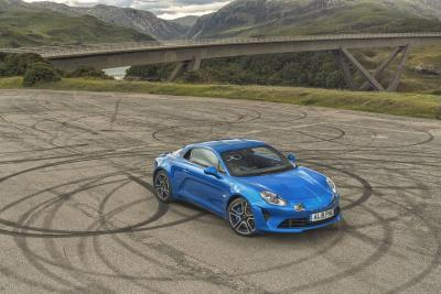 Alpine A110 Named Sports Car Of The Year At 2019 What Car? Awards