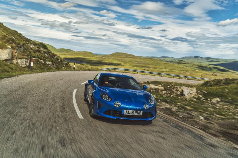 Best Car Of 2020.Alpine Triumphs In Best Car For Thrill Seekers Category At