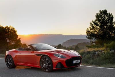 DBS Superleggera Volante Named Sportscar Of The Year