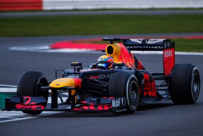 Aston Martin Autosport BRDC Young Driver Johnathan Hoggard Shines In Aston Martin Red Bull Racing Formula 1 Prize Test