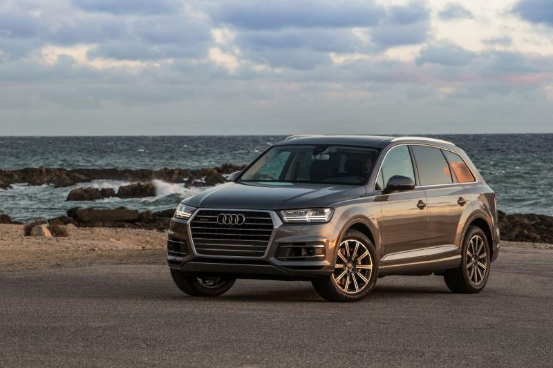 Audi Q Earns Car And Driver Best MidSize Luxury Truck - Audi truck