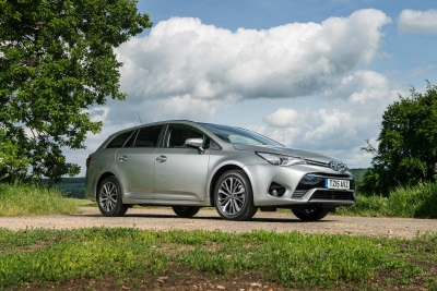 NEW AVENSIS: PRESTIGE, COMFORT AND EFFICIENCY