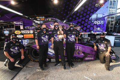 Beckman Drives Dodge Charger SRT Hellcat To Record 12Th Consecutive DSR Funny Car Win At AAA Texas NHRA Fallnationals