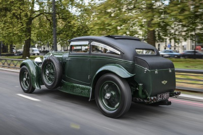 BENTLEY AT THE PALACE OF HOLYROODHOUSE CONCOURS OF ELEGANCE